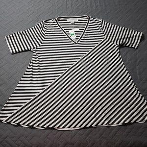 WOMEN'S Black/White striped top.